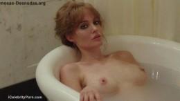 Angelina Jolie Desnuda Vídeo Escena de Película Frente al Mar – HOLLYWOOD-nake-leaked-sex-tape-porn-celebrity-tetas-vagina-pelada-detras-camaras