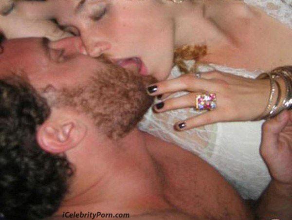 Cantante Kesha Desnuda fotos de la famosa teniendo Sexo - famosas-xxx-desnudas-video-porno-sex-tape-nude-fake-estados-unidos-celebrity-porn (2)