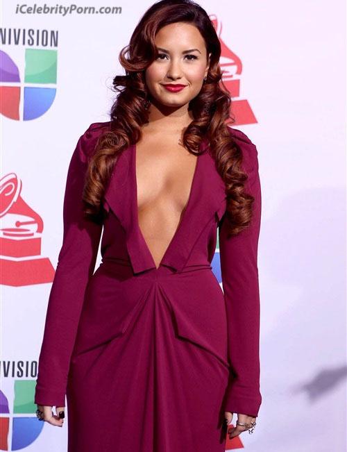 Demi Lovato Desnuda Fotos de Famosas Filtradas-cantantes-estados-nidos-celebridades-hollywood-xxx-sexo-desnudas-follando-calatas (4)