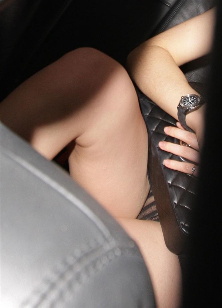 Emma Watson Desnuda Fotos Vagina xxx -famosas-desnudas-harry-potter-sex-nude-photo-video-porn-tetas-panocha-intimas-descuido-upskin (9)