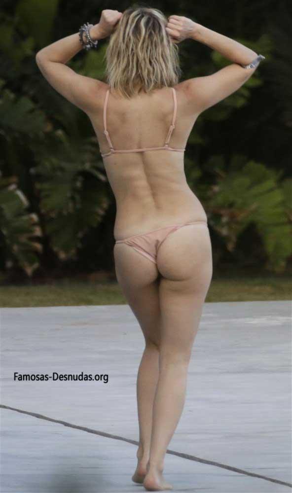 Famosas en Bikini - MARGOT ROBBIE, EMMA ROBERTS Y KATE HUDSON -famosas-desnudas-en-playa-xxx-porno-celebrity-porn-sex-hot-descuidos-tetas-vagina (6)