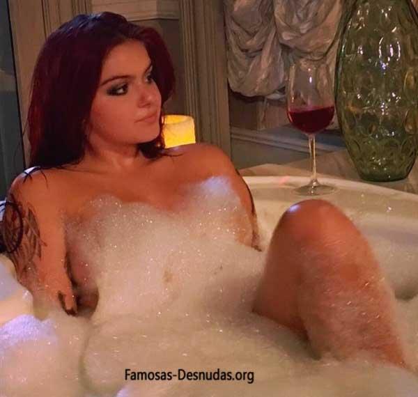 Ariel Winter Desnuda en la Bañera famosas-desnudas-nikelodeon-xxx-cantantes-actrices-Ariel Winter Desnuda (3)